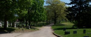 evergreen-cemetery-visiting